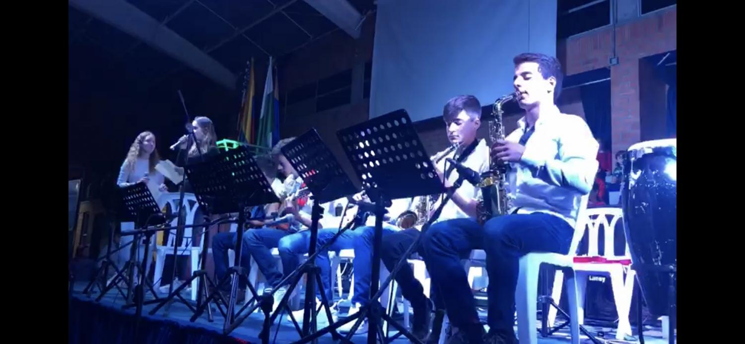 Columbus School High School band students performing in Candle Night concert.